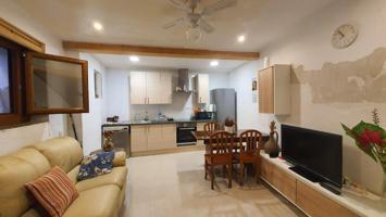 Bonita casa de pueblo en Tivissa photo 0