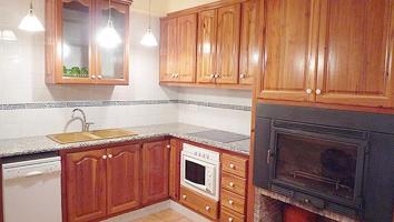 Casa - Chalet en venta en Catí de 225 m2 photo 0