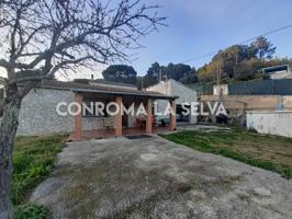 Casa en venta en Massanes photo 0