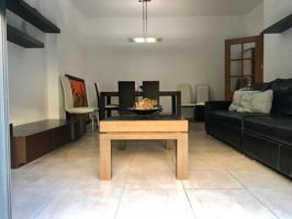 Casa - Chalet en venta en Les Cabanyes de 197 m2 photo 0