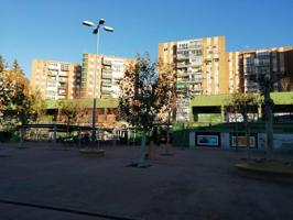 Local en alquiler y en venta en Alcalá de Henares de 300 m2 photo 0