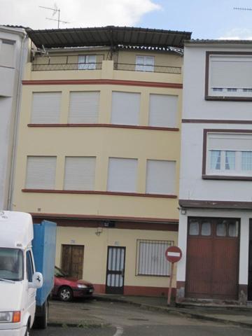 Casa - Chalet en venta en Betanzos de 135 m2 photo 0