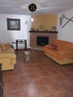Chalet en venta en Villares. los, 3 dormitorios. photo 0