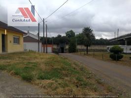 Casa unifamiliar en venta en Oroso photo 0