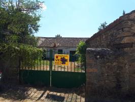 Casa Pueblo en venta en Aldealengua De Pedraza, 4 dormitorios. photo 0