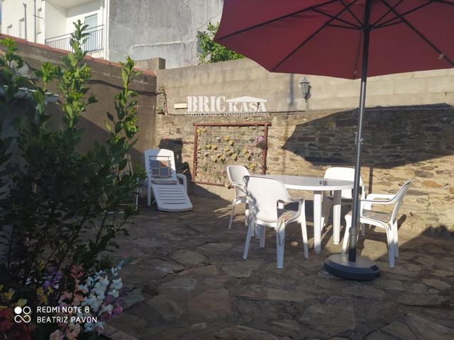 Casa en venta en Madroñera, con 150 m2 y 3 habitaciones y 1 baños. photo 0