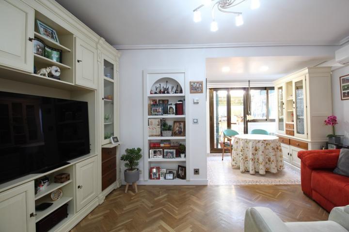 Piso de 2 habitaciones, totalmente reformada, para entrar a vivir. photo 0