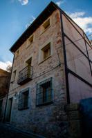Preciosa casa en pleno casco antiguo de Sigüenza, construida en 2007. photo 0