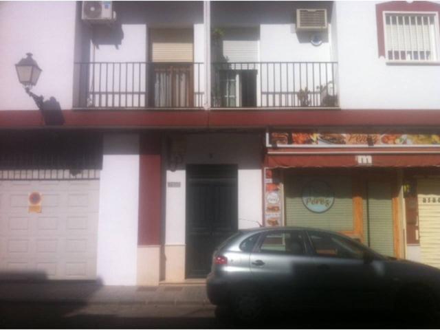 Piso VPO en venta en Palma del Río photo 0