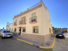 Casa en venta en Trigueros, 4 dormitorios. photo 0