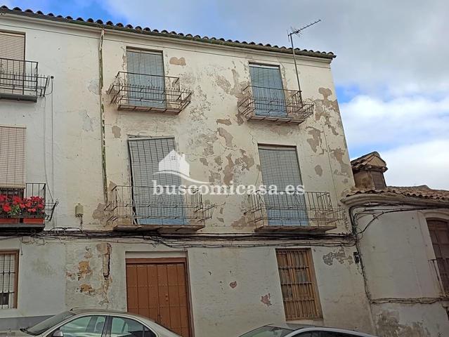 Oportunidad de Gran Casa para Reconstruir junto a Plaza San Miguel photo 0