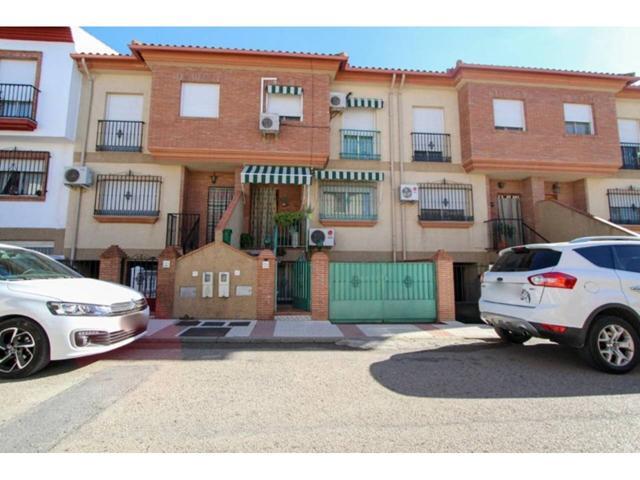 Casa en venta en Atarfe photo 0