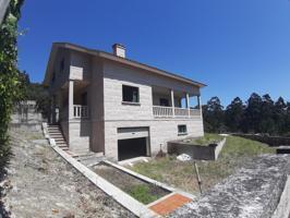 Se vende Casa-Chalet de piedra en construcción en Moaña con vistas y terreno. photo 0