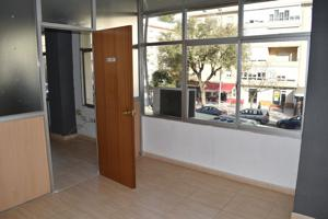 Oficina en alquiler en Avda. Principal - Avda. Ana de Viya, 3 dormitorios. photo 0