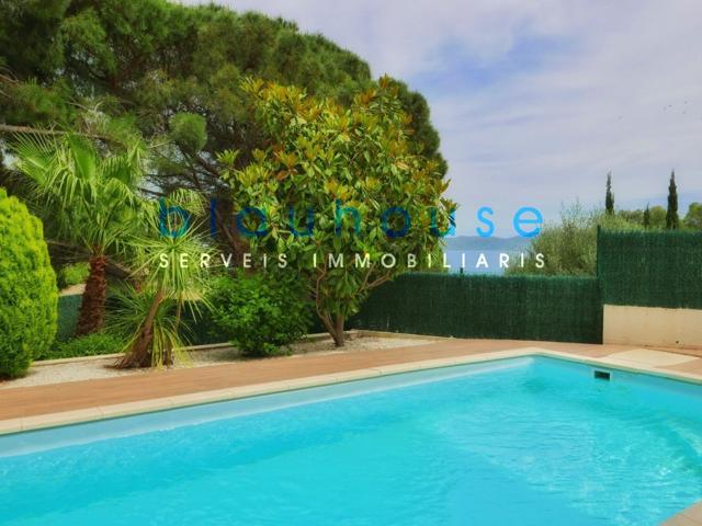 Terraza vista mar y piscina photo 0