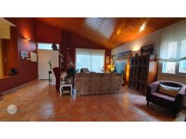 Casa unifamiliar en venta en Cornellà del Terri photo 0