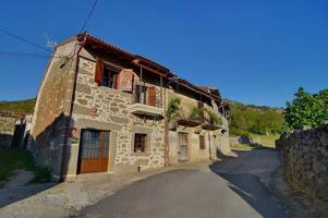 Casa rural reformada en Neila de San Miguel. photo 0