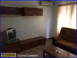 Entresuelo acondicionado con habitaciones independientes centrico. photo 0