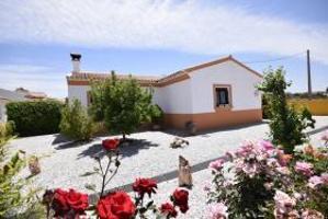 Fantástico chalet en Chirivel. Excelente estado, con jardín y posibilidad de piscina. photo 0