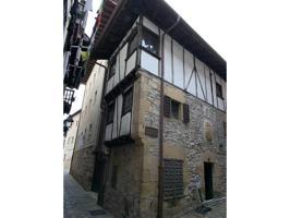 Edificio en venta en Hondarribia photo 0