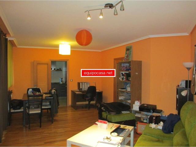 Apartamento en venta en Residencia-Abella photo 0
