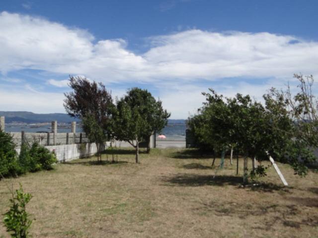 Casa unifamiliar en venta en Isla de Arosa photo 0