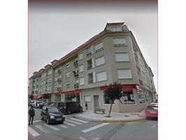 Piso en venta en Vilanova de Arousa photo 0