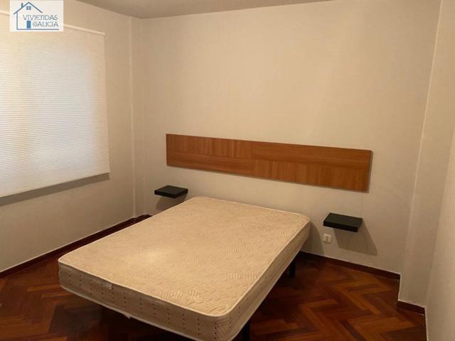 Se vende piso en la zona de Cuatro Caminos photo 0
