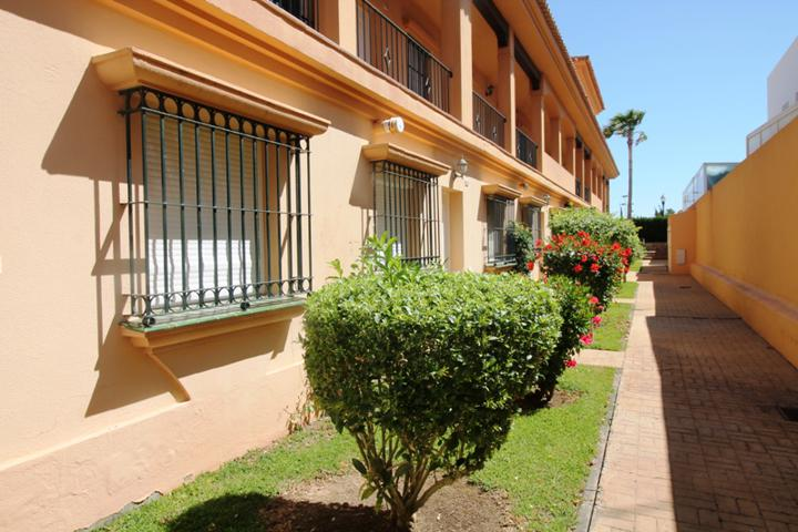 Apartamento en planta baja en Residencial Altamar photo 0