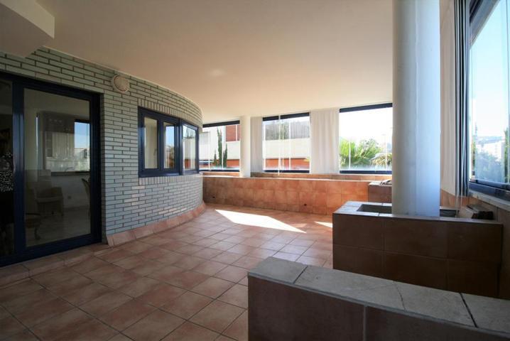 Precioso piso situado en una de las mejores zonas de nuestra capital. photo 0