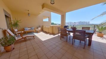 Apartamento de Lujo en Estepona, La Resina Golf. photo 0