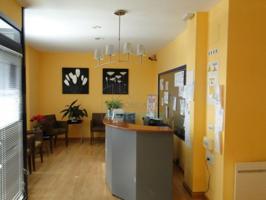 Local de 175 m², acondicionado como clínica en Negreira centro, al lado de los juzgados photo 0