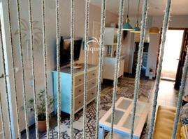 Piso en venta en Matalascañas, cuenta con 55 m2, 2 habitaciones y 1 cuarto de baño, piscina comunitaria, plaza de garaje, trastero, ascensor y amueblado. photo 0