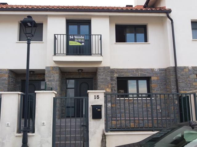 Venta de casa en Santa Cilia photo 0