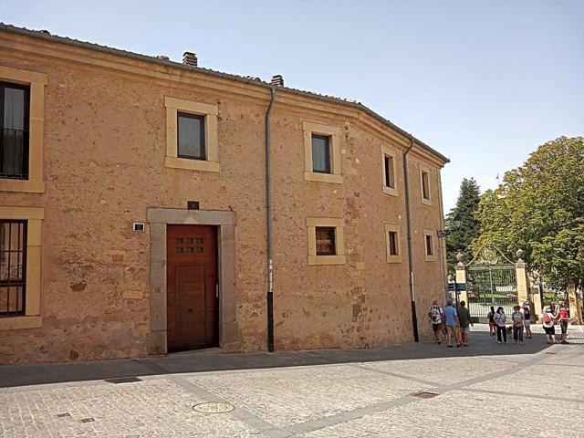 Piso En venta en Plaza Juan Guas, Segovia Capital photo 0
