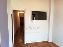Piso en venta en Santiago de Compostela de 38 m2 photo 0
