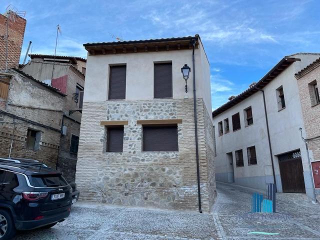INMOTOMAR VENDE: Dúplex exterior de obra nueva con AEROTERMIA en el CASCO HISTÓRICO de Toledo en la zona de la Cornisa, cerca de la senda ecológica.  photo 0