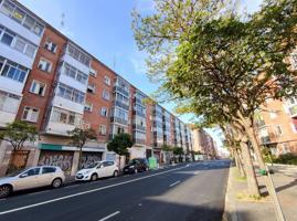 Piso En venta en Vitoria-Gasteiz photo 0