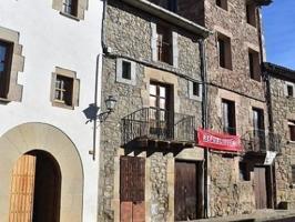 Casa de pueblo en Alpens photo 0