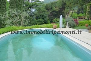Villa singolo in vendita a Lecco. photo 0