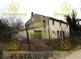 Country House In vendita in Contrada Boschetto - Zona Cisterna, Montegiorgio, 62100, Macerata, Fm photo 0