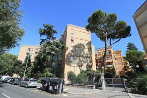 Appartamento In vendita in Via Palmiro Togliatti, Don Bosco, 00118, Roma, Rm photo 0