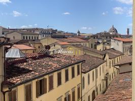 Appartamento In vendita in Piazza Della Libertà, Firenze, 50121, Firenze, Fi photo 0