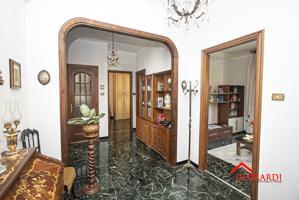 Appartamento In vendita in Via Paolo Toscanelli, Sestri Ponente, 16121, Genova, Ge photo 0