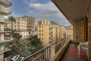 Appartamento In vendita in Via Chiaravagna, Sestri Ponente, 16121, Genova, Ge photo 0
