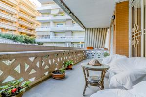 Appartamento In vendita in Via Guglielmo Petroni, Via Della Bufalotta, 00118, Roma, Rm photo 0